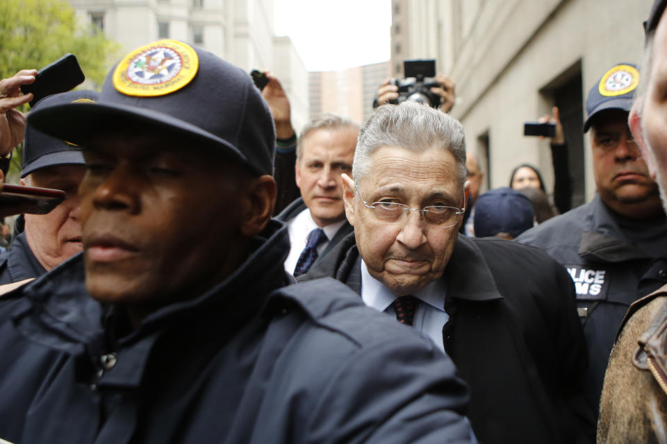 NEW YORK, NY - MAY 03: Former New York Assembly Speaker Sheldon Silver (C) is surrounded by media and USMS police court while he exits federal court in Lower Manhattan on May 3, 2016 in New York City.  Former New York state assembly speaker Silver was sentenced to 12 years in prison for corruption schemes that federal officials said captured $5 million over a span of two decades  (Photo by Eduardo Munoz Alvarez/Getty Images)