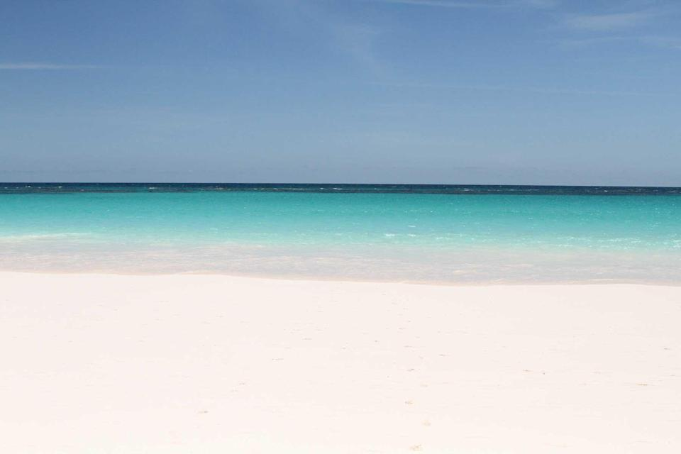 Empty pink sand beach on Harbour Island in the Bahamas