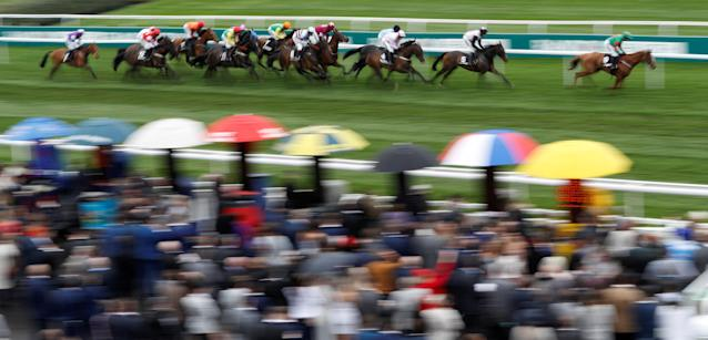 Horse Racing - Grand National Festival - Aintree Racecourse, Liverpool, Britain - April 13, 2018 General view during the 14:20 Betway Top Novices' Hurdle REUTERS/Darren Staples