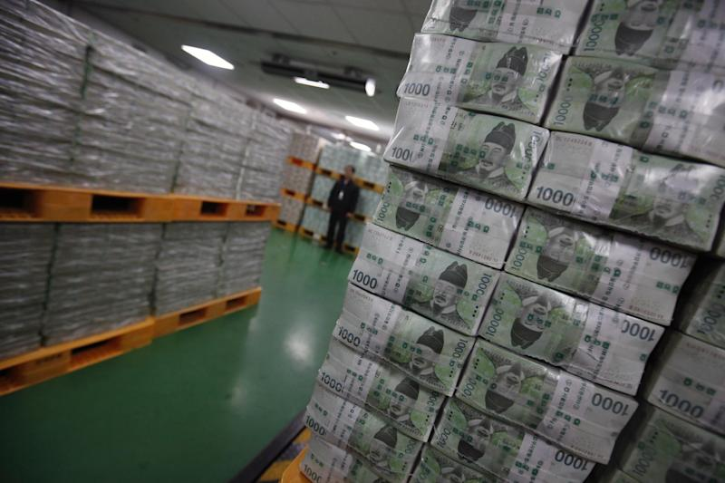 South Korea's foreign currency reserves have reportedly increased 18 times more than the level seen after the 1997 Asian currency crisis
