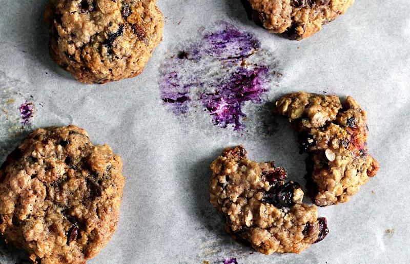 """<strong>Get the <a href=""""http://ladyandpups.com/2014/04/23/monday-blue-berry-oatmeal-cookie/"""" target=""""_blank"""">Monday Blue-Berry Oatmeal Cookies recipe</a>from Lady & Pups</strong>"""