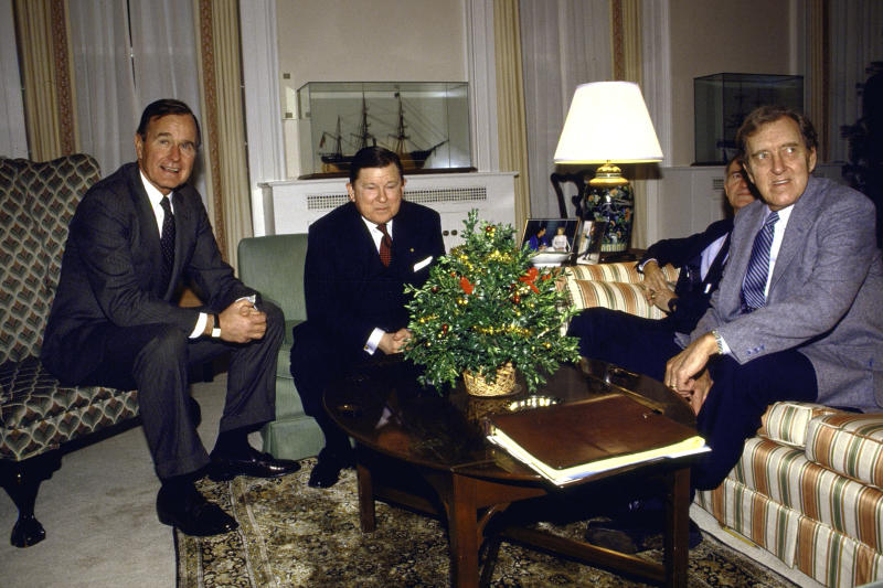 George H. W. Bush with Tower Commission members