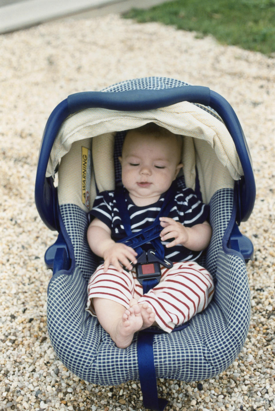 A grief-stricken mother has issued a warning to other parents, not to leave their children in their car seats after her daughter died. [Photo: Getty]