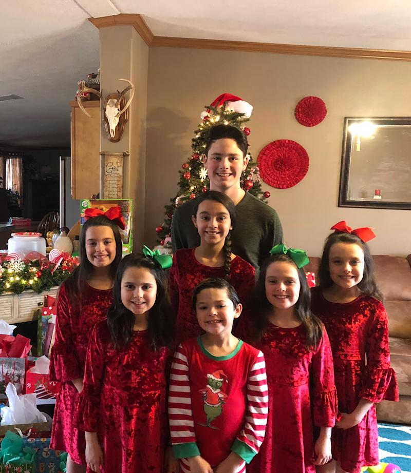 Just In Time For Christmas.7 Siblings Adopted Together Just In Time For Christmas We