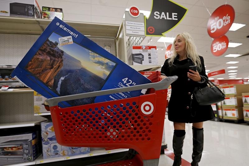 Target increases holiday hiring by 40%