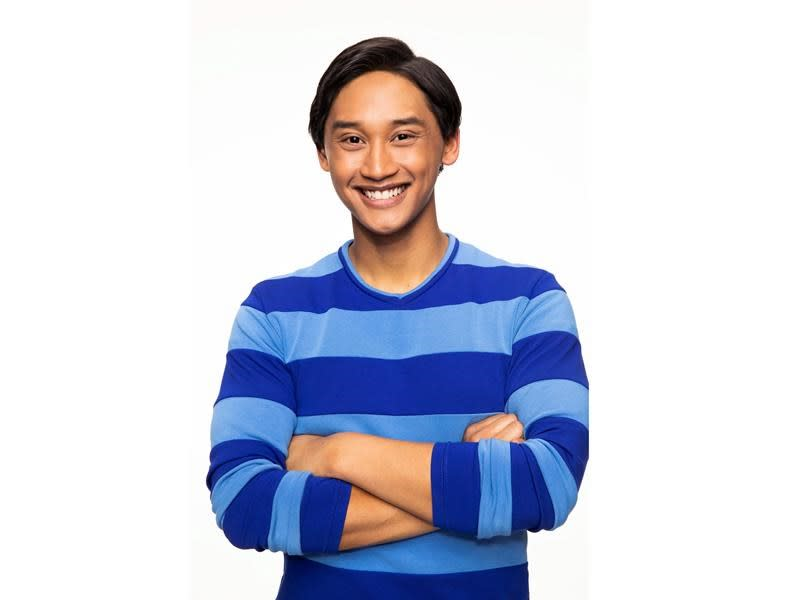 Meet the man picked to be host of the 'Blue's Clues' reboot