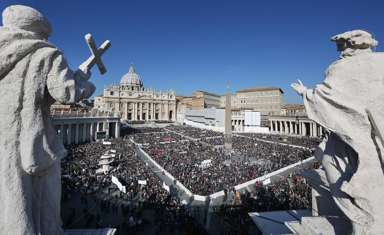 VATICAN CITY, VATICAN - FEBRUARY 27: The faithfull fill St Peter's Square ahead of Pope Benedict XVI final general audience before his retirement on February 27, 2013 in Vatican City, Vatican.  The Pontiff will hold his last weekly public audience later before he abdicates tomorrow. Pope Benedict XVI has been the leader of the Catholic Church for eight years and is the first Pope to retire since 1415. He cites ailing health as his reason for retirement and will spend the rest of his life in solitude away from public engagements.  (Photo by Peter Macdiarmid/Getty Images)