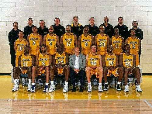 Tyronn Lue (10) with the 1999-2000 Lakers, who went 67-15 and won the NBA title.