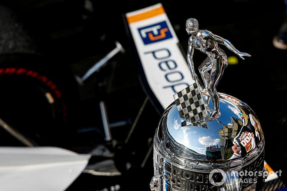 "Trofeo Borg-Warner<span class=""copyright"">Barry Cantrell / Motorsport Images</span>"