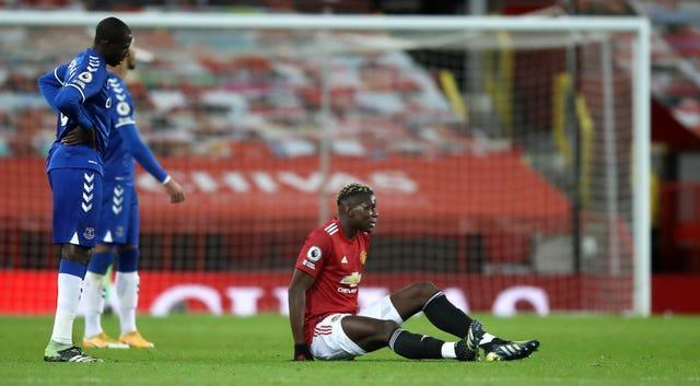 Paul Pogba injured this thigh against Everton on Saturday