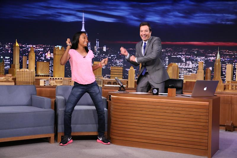 THE TONIGHT SHOW STARRING JIMMY FALLON -- Episode 0118 -- Pictured: (l-r) Athlete Mo'ne Davis during an interview with host Jimmy Fallon on September 5, 2014 -- (Photo by: Douglas Gorenstein/NBC/NBCU Photo Bank via Getty Images)