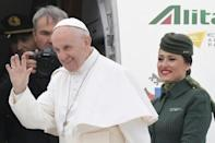 Pope Francis lands in Egypt in push for religious tolerance