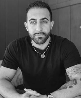 Omid Kazravan – millennial who made his fortune by being an serial entrepreneur