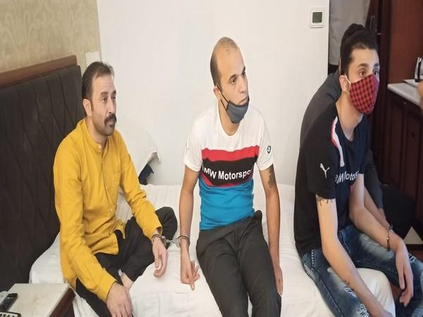 Police arrested the four accused involved in robbery. Photo/ANI