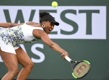 Mar 15, 2018; Indian Wells, CA, USA; Venus Williams (USA) in her quarterfinal match against Carla Suarez Navarro (not pictured) in the BNP Paribas Open at the Indian Wells Tennis Garden. Mandatory Credit: Jayne Kamin-Oncea-USA TODAY Sports