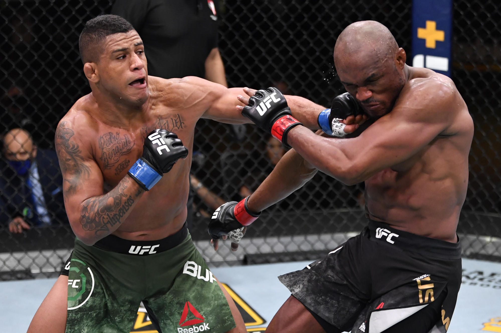 Gilbert Burns hoping to get Dana White's attention in crucial test vs. Stephen Thompson