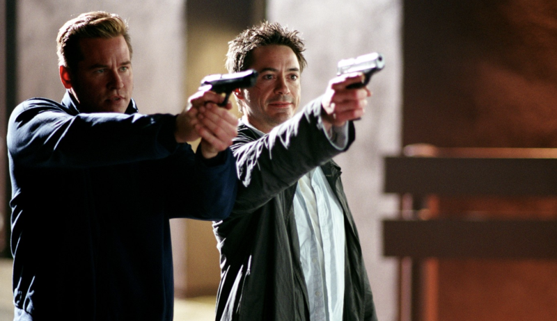 Val Kilmer and Robert Downey Jr. in Kiss Kiss Bang Bang (Warner Bros.)