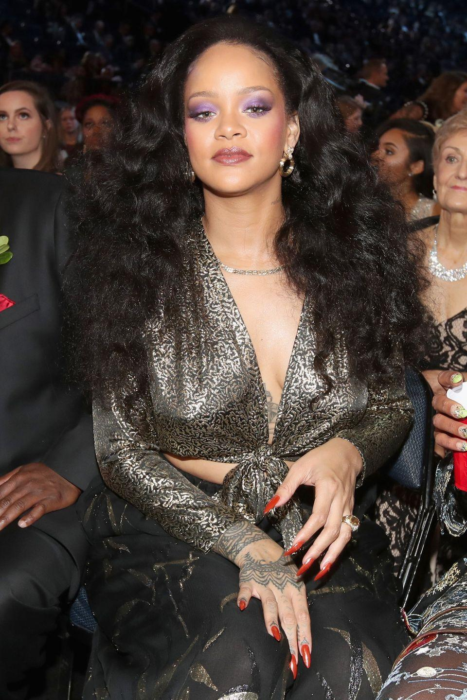 <p>We're always down for some disco vibes. Here, Rihanna wears her waves with lots of volume. </p>