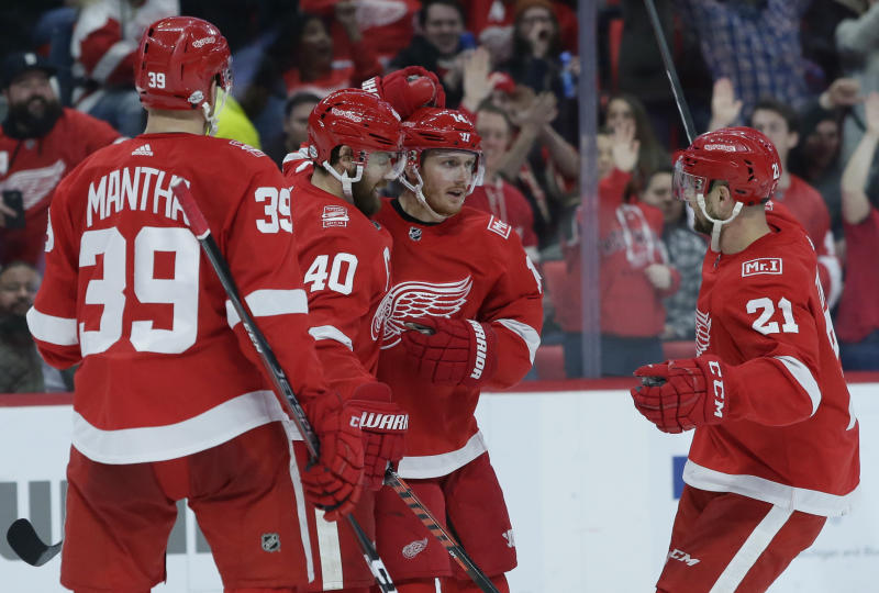 Vegas Golden Knights acquire Tomas Tatar at trade deadline