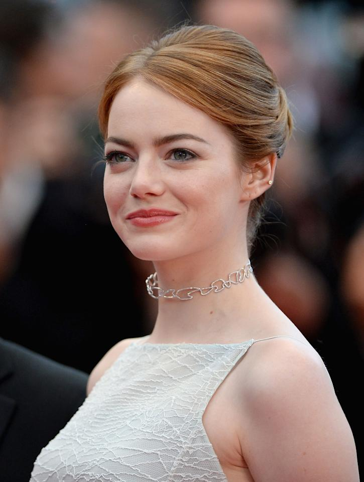 """<p>Today, it's like """"WHERE ARE YOUR PORES,"""" but it wasn't always even texture and beauty campaigns for Emma Stone. In <a rel=""""nofollow"""" href=""""http://www.refinery29.com/40227"""">an interview with Refinery29</a>, she detailed her long battle with hormonal acne, beginning with a disastrous two months onAccutane when she was 17, and continuing when she was 20 and shooting <em>Easy A</em>, from which her blemishes were """"kindly video-airbrushed out.""""</p>"""