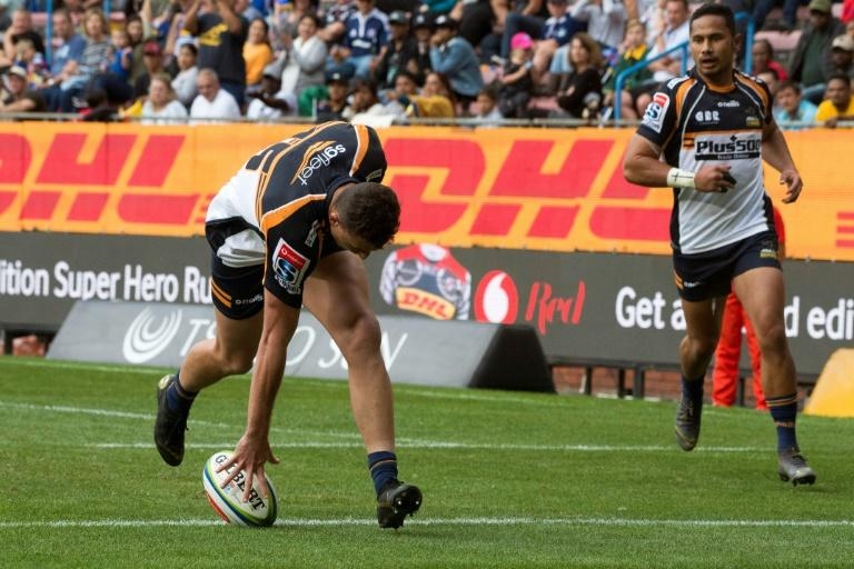 Tom Banks scored his side's third try as the Brumbies won for the first time away from home this season