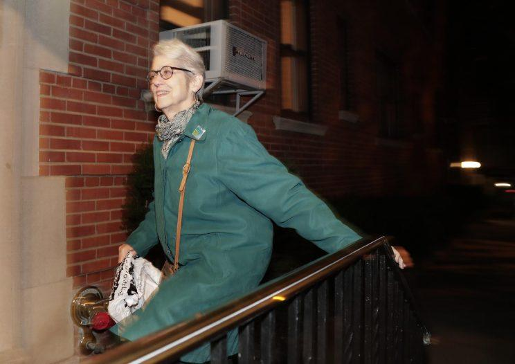 Jessica Leeds arrives at her apartment building, Wednesday, Oct. 12, 2016, in New York. (Photo: Julie Jacobson/AP)