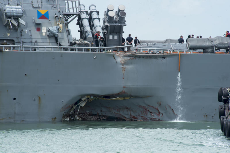 18_09_Navy_commanders_fired_collisions_Asia