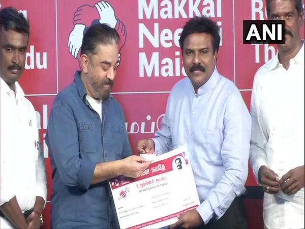Kamal Haasan inducting former IAS officer Santhosh Babu into MNM party (Photo/ANI)