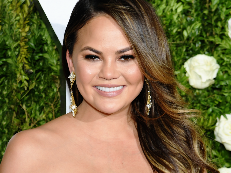 Chrissy Teigen Revealed A New Lighter Hair Look That Is Summer Ready