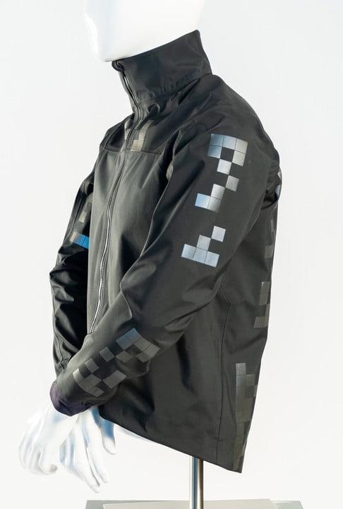 unique cycling jacket could boost safety in a world of autonomous cars qrcode