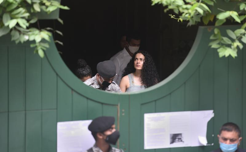 Kangana Ranaut visits her Pali hill office a day after BMC demolished the building citing illegal construction as the reason on September 10, 2020 in Mumbai. (Photo: Hindustan Times via Getty Images)