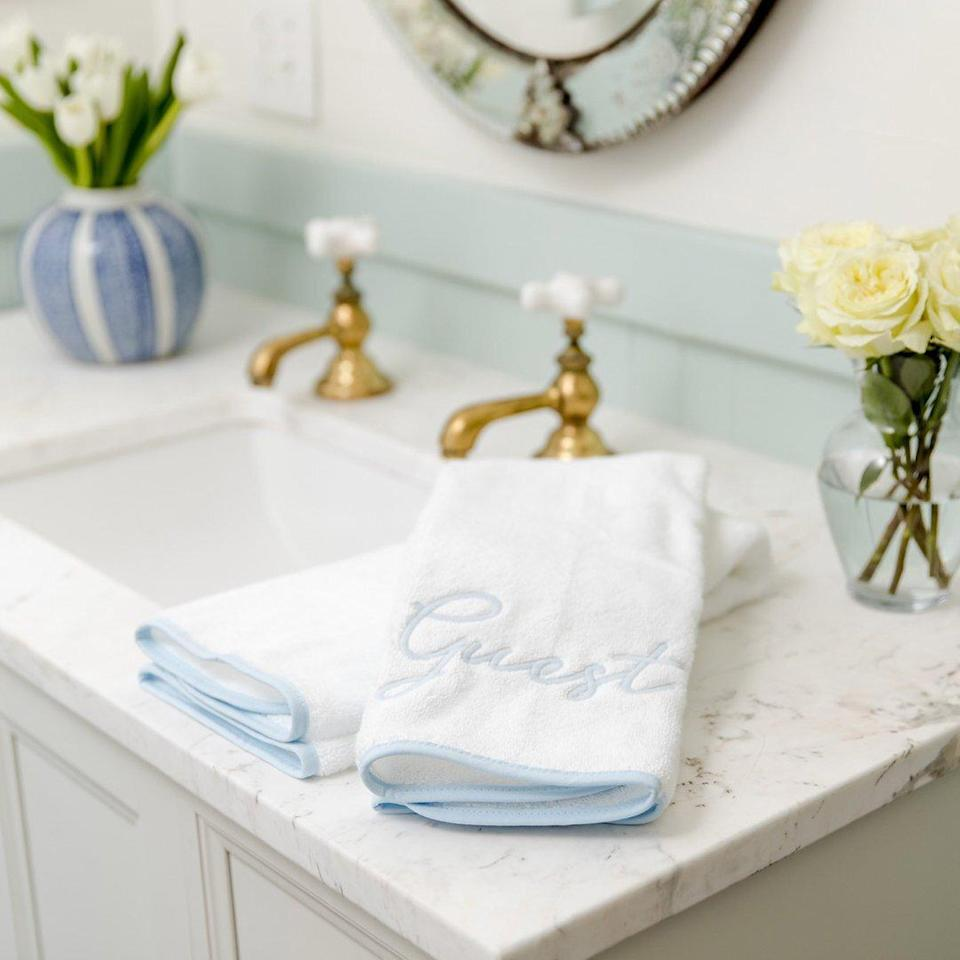Weezie Guest Towels