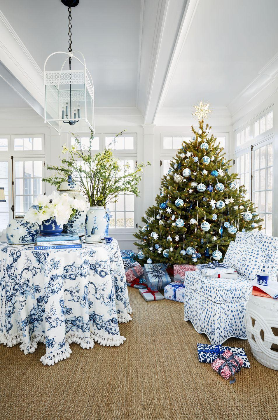 <p>Forever committed to your favorite color palette? This room is proof you don't have to give it up for Christmas.</p>