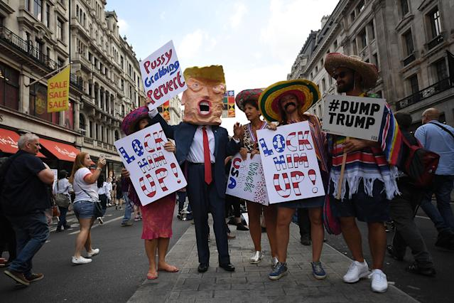 <p>Protesters take part in a demonstration against President Trump's visit to the UK on July 13, 2018 in London, England. (Photo: Chris J Ratcliffe/Getty Images) </p>