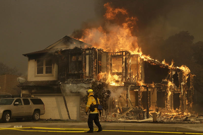 California utility expects to pay $2.5 billion for wildfires