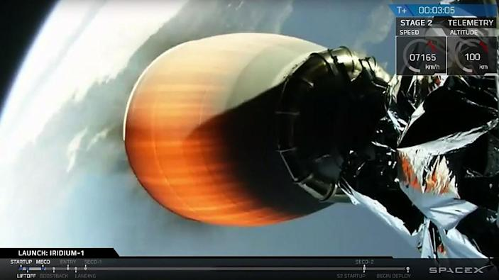 This still image from video obtained from SpaceX shows one of the engines of a Falcon 9 rocket lifting off from Vandenberg Air Force Base, California, on January 14, 2017 (AFP Photo/HO)