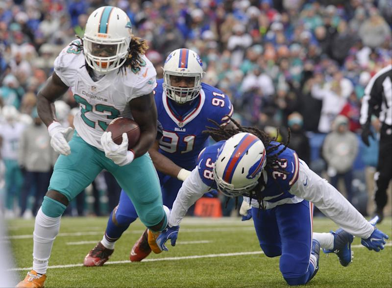 Jay Ajayi had a breakout season for Miami in 2016; now it's time to show some consistency. (AP)