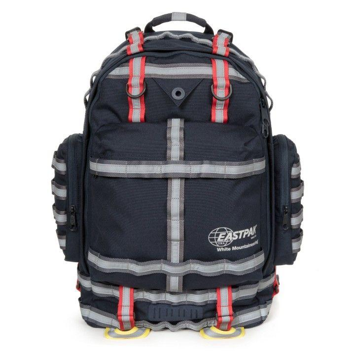 "<p>Edición especial White Mountaineering Killington Navy</p><p> (250 €).</p><p><a class=""body-btn-link"" href=""https://www.eastpak.com/es-es/mochilas-c120/white-mountaineering-killington-navy-pEK24E45X+00+999.html"" target=""_blank"">Comprar</a></p>"