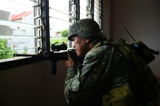 Pentagon may boost support to Philippine counter-IS ops: official