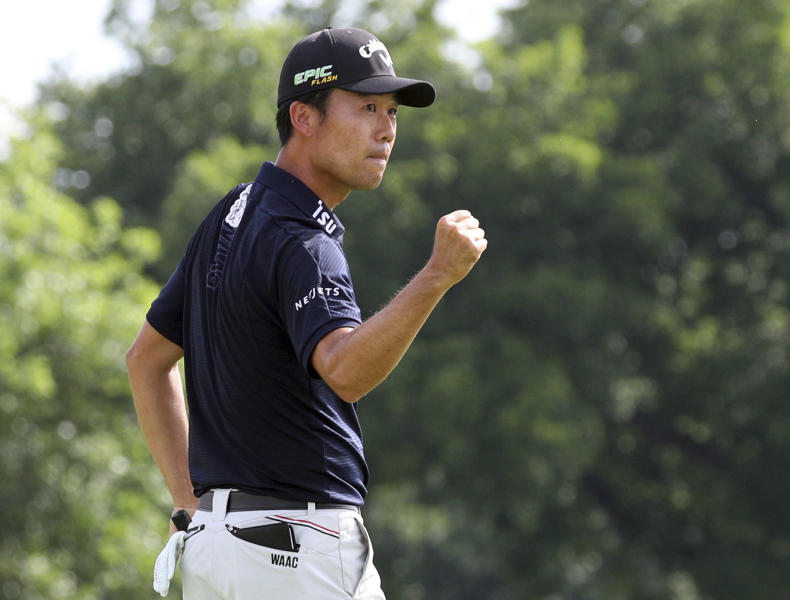 Kevin Na pumps his fist after winning in the final round of the Charles Schwab Challenge golf tournament Sunday, May 26, 2019, in Fort Worth, Texas. (AP Photo/ Richard W. Rodriguez)