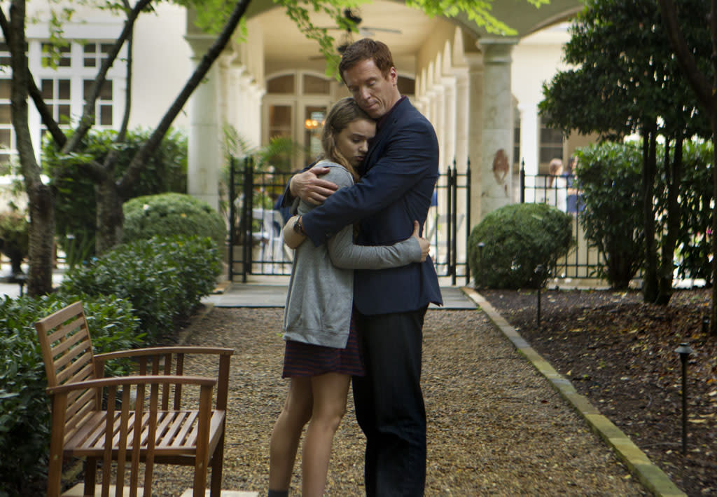 "Morgan Saylor as Dana Brody and Damian Lewis as Nicholas ""Nick"" Brody in the ""Homeland"" Season 2 episode, ""The Clearing."""