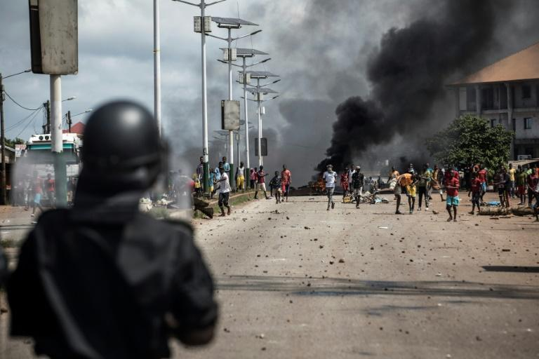 The announcement followed days of violence in which around 10 people were killed in clashes over Conde's re-election