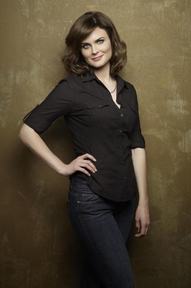"Emily Deschanel returns as Dr. Temperance Brennan in Season 8 of ""Bones."""