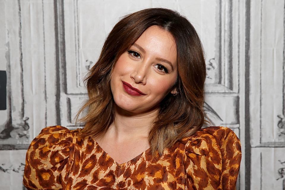 NEW YORK, NEW YORK - DECEMBER 02: Ashley Tisdale attends the Build Series to discuss 'Merry Happy Whatever' at Build Studio on December 02, 2019 in New York City. (Photo by Dominik Bindl/Getty Images)