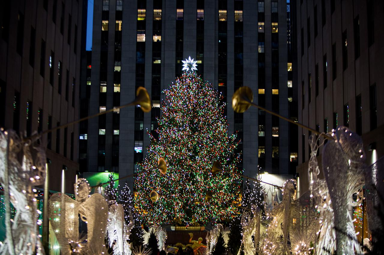 Everything You Should Know About The Rockefeller Christmas Tree Lighting In New York City