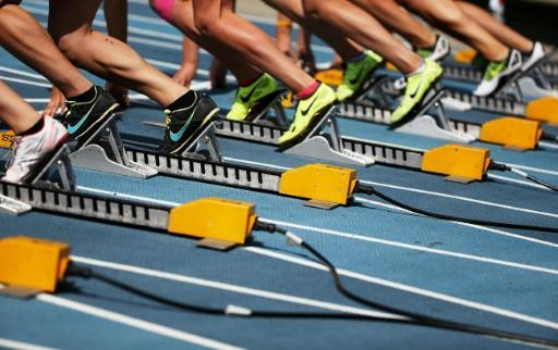 <p>Russian athletes quit race en masse 'ahead of doping inspection'</p>