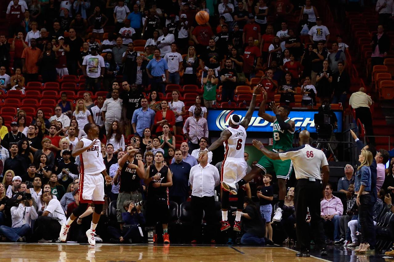 Green's 3 lifts Celtics to 111-110 win over Heat