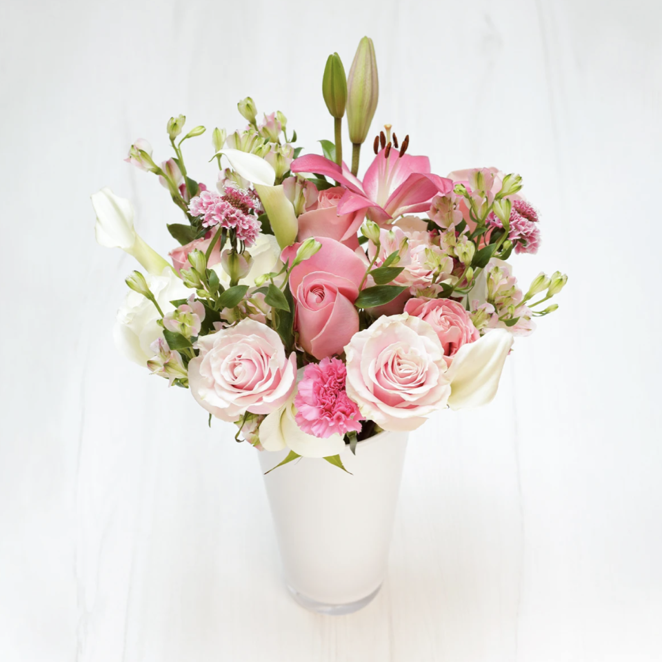 """<p><strong>Enjoy Flowers </strong></p><p>enjoyflowers.com</p><p><strong>$44.00</strong></p><p><a href=""""https://go.redirectingat.com?id=74968X1596630&url=https%3A%2F%2Fenjoyflowers.com%2Fcollections%2Fsubscriptions&sref=https%3A%2F%2Fwww.harpersbazaar.com%2Ffashion%2Ftrends%2Fg25047818%2Fbest-subscription-boxes-for-women%2F"""" rel=""""nofollow noopener"""" target=""""_blank"""" data-ylk=""""slk:Shop Now"""" class=""""link rapid-noclick-resp"""">Shop Now</a></p><p>Enjoy Flowers is a premium flower subscription service that delivers flowers once a month from farm to front door. It's a family-owned and female-led start-up that puts quality first, with five decades of experience from one of Colombia's largest flower farms. EF sources from the top growers to offer features such as quality guarantees and free shipping.</p><p><strong>Cost:</strong> Starts at $44 per month</p>"""