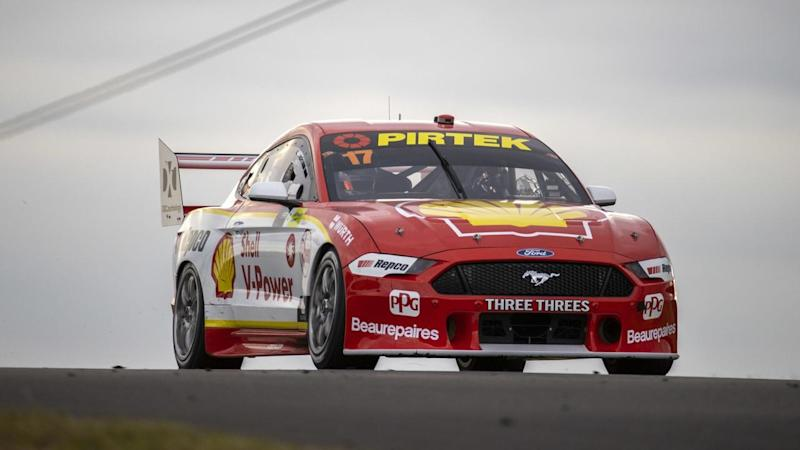 Supercars champion Scott McLaughlin will start from pole in race three of the Sydney SuperSprint