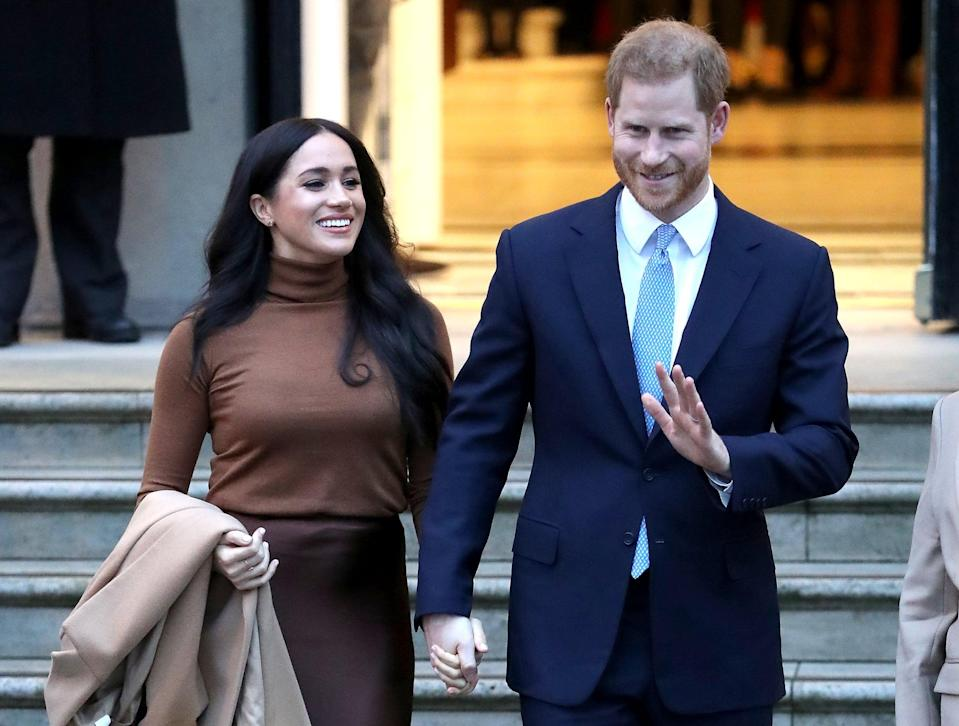 LONDON, ENGLAND - JANUARY 07: Prince Harry, Duke of Sussex and Meghan, Duchess of Sussex depart Canada House on January 07, 2020 in London, England. (Photo by Chris Jackson/Getty Images)